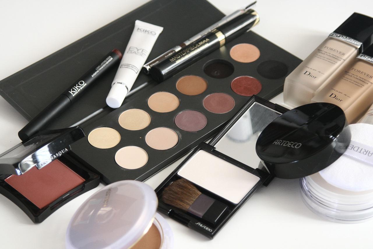 Produkty do codziennego makijażu